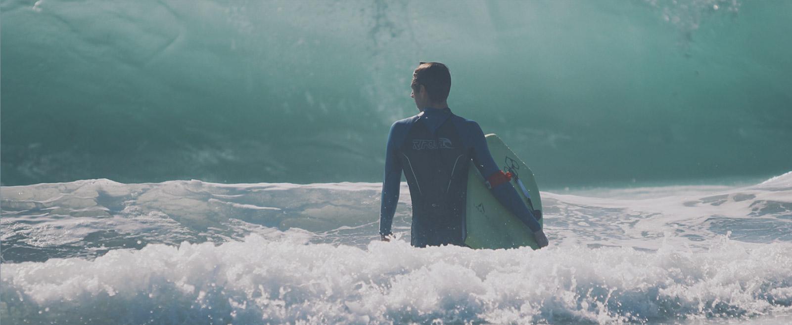 Foto de surfista